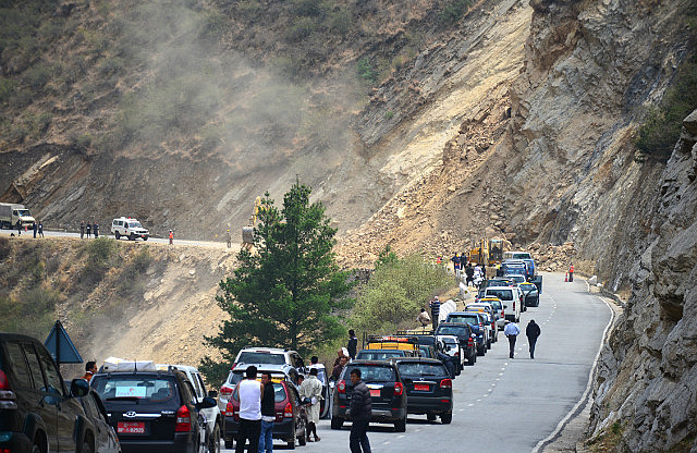 6.1387444966.landslide