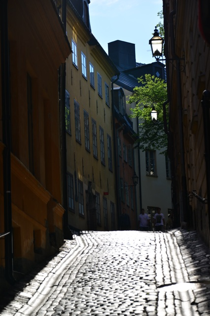 1.1372118400.side-street-gamla-stan---stockholm