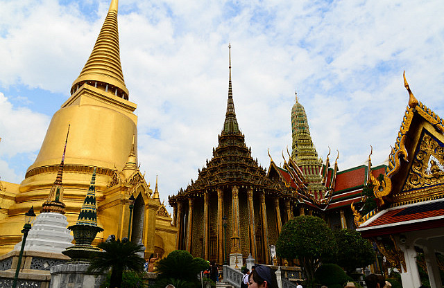 3.1385299467.the-dazzling-grand-palace