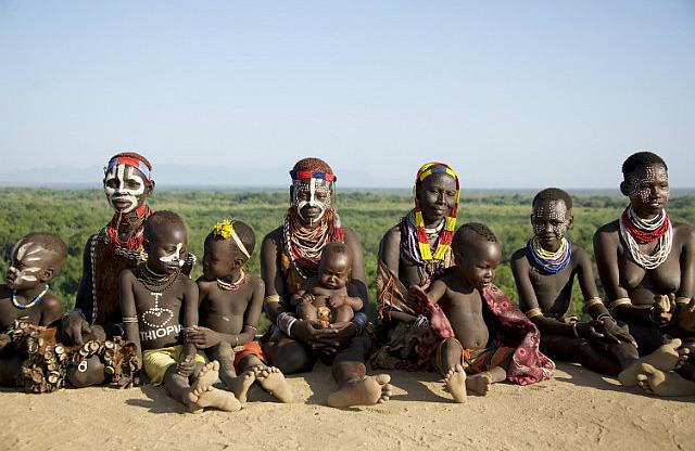 5.1386383555.women-and-children