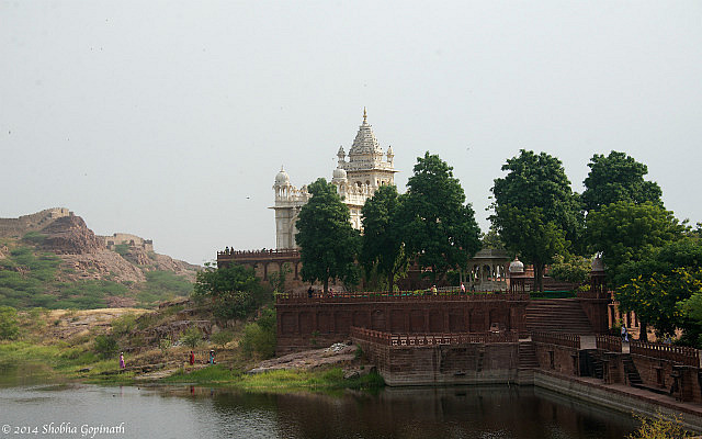 7.1415037465.the-jaswant-thada