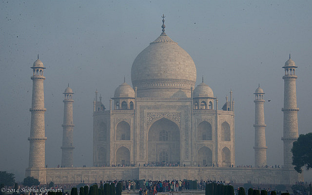 7.1415404800.a-haze-shrouded-taj
